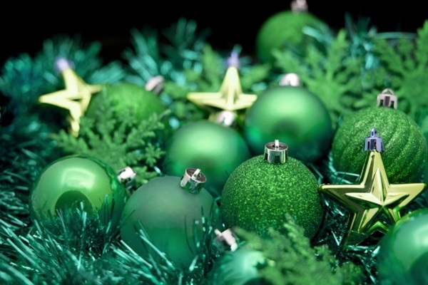green_christmas_background_2_1024x681.jpg