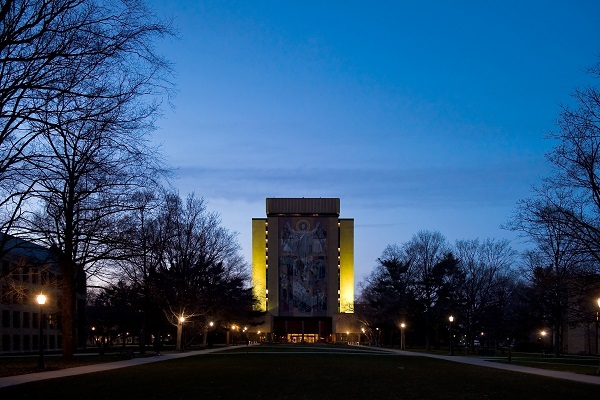 3.26.11_hesburgh_library_earth_hour_small.jpg