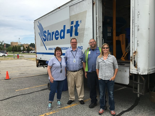 Robert Jayne Sarah Mike 2016 Shred Event Small