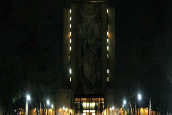 2016 Earth Hour Hesburgh Library
